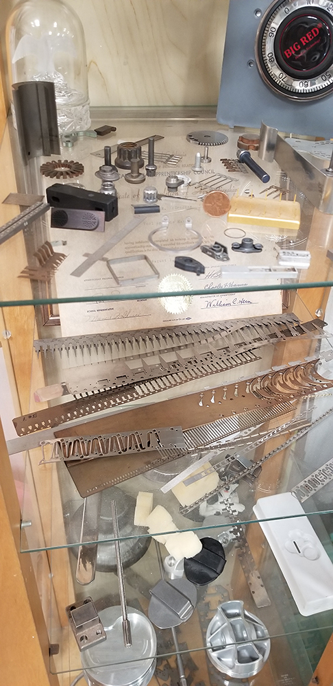 California Progressive Engineering Display Case